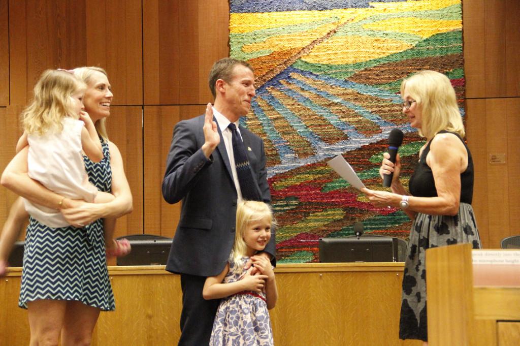 Dan Wolk is sworn in as Mayor.