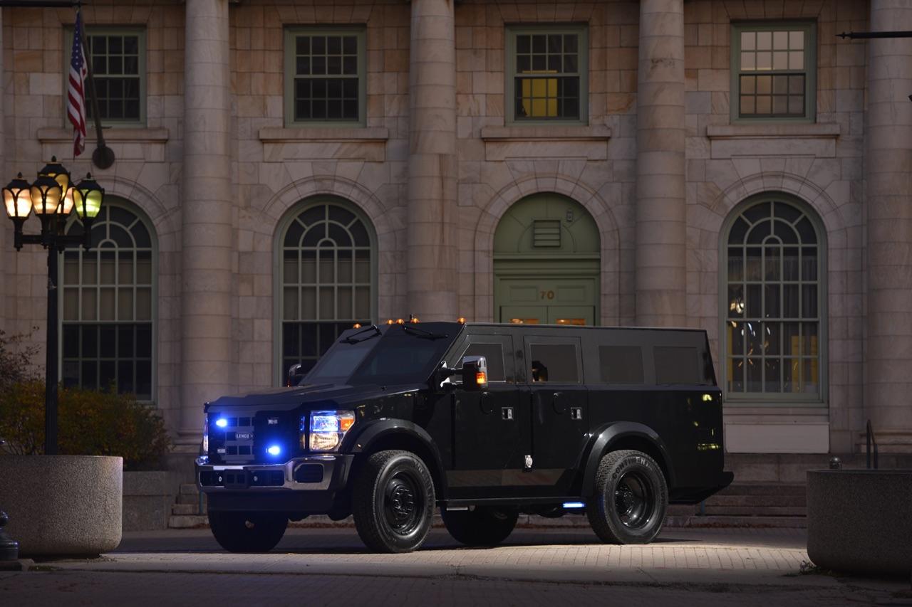 Civilian-Vehicle-1b