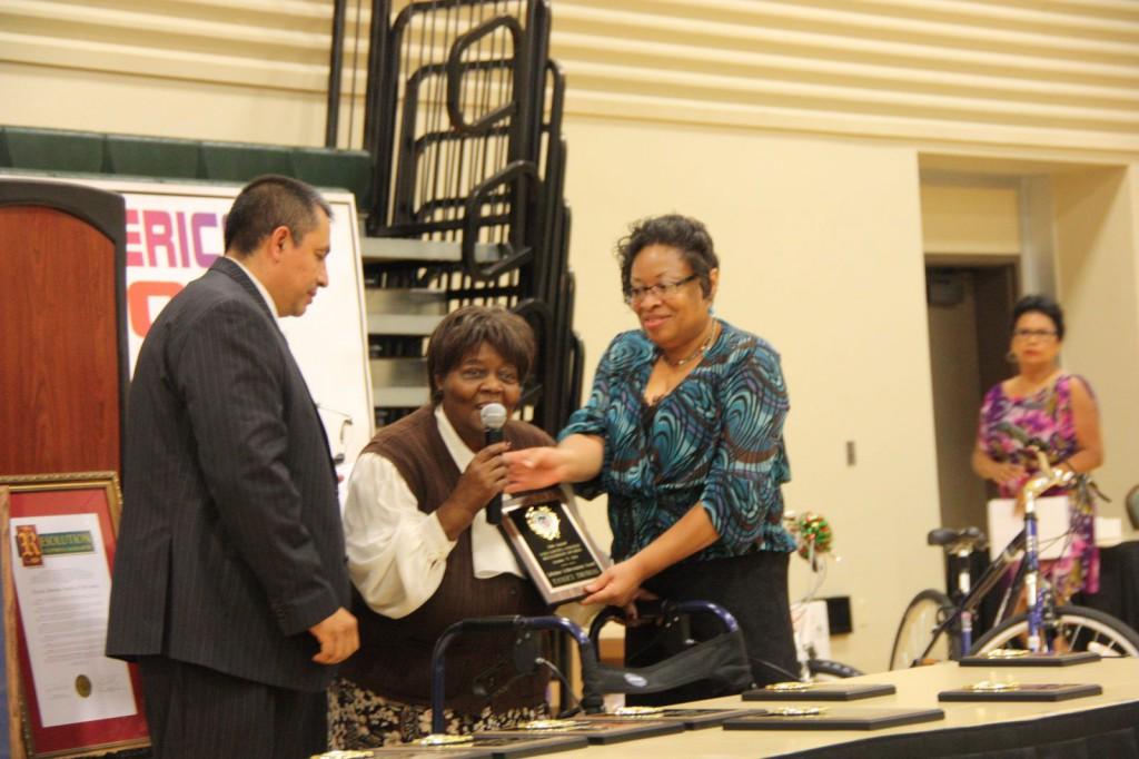 Tansey Thomas receives Lifetime Achievement Award