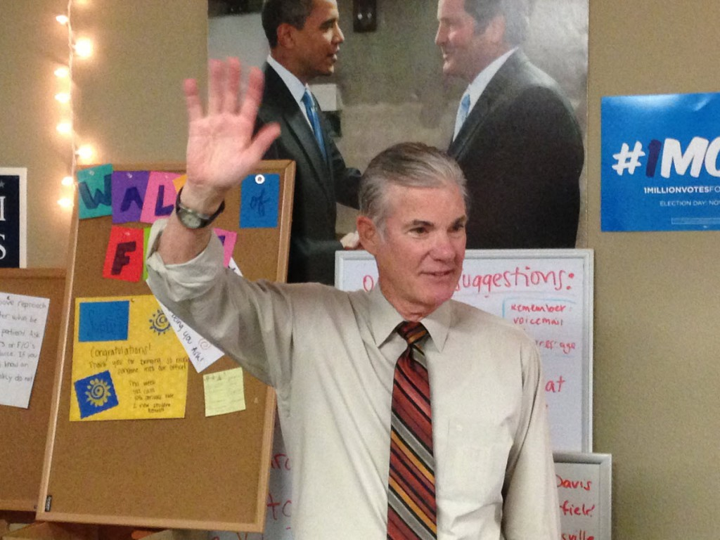 Torlakson speaks in Davis in October on the Campaign Trail