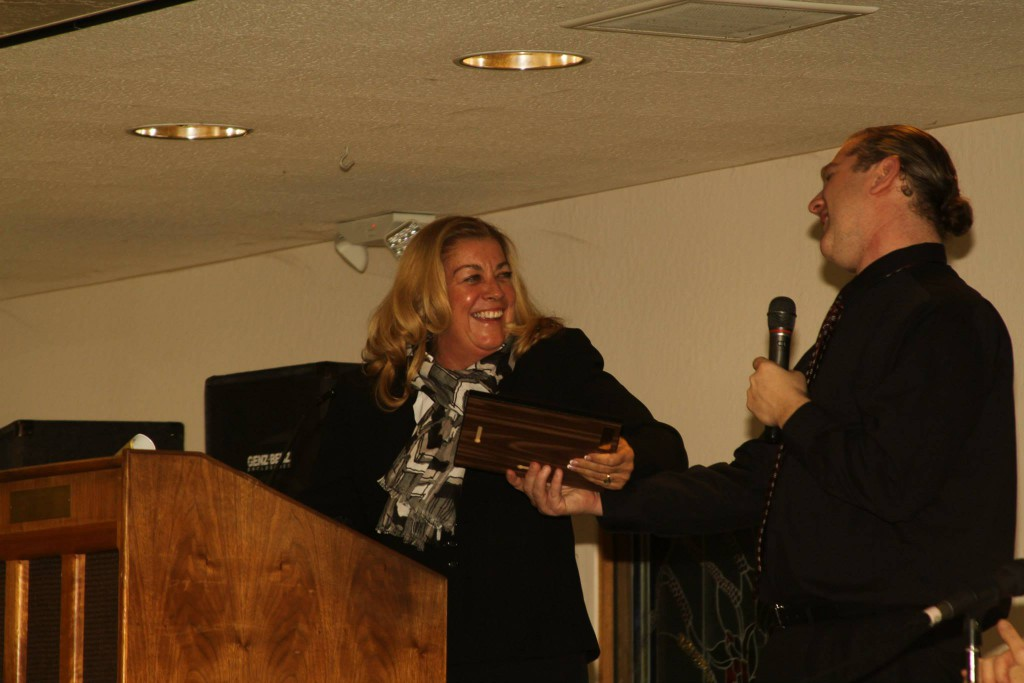 Patty Pursell receives the Vanguard Justice Award on Saturday night