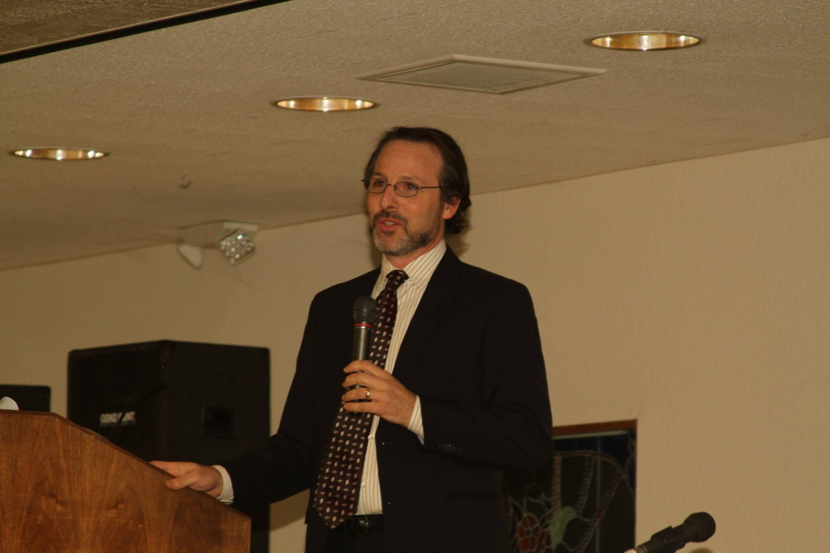 Orange County Deputy Public Defender Scott Sanders delivers the keynote speech on prosecutorial misconduct on November 15 at the Davis Senior Center