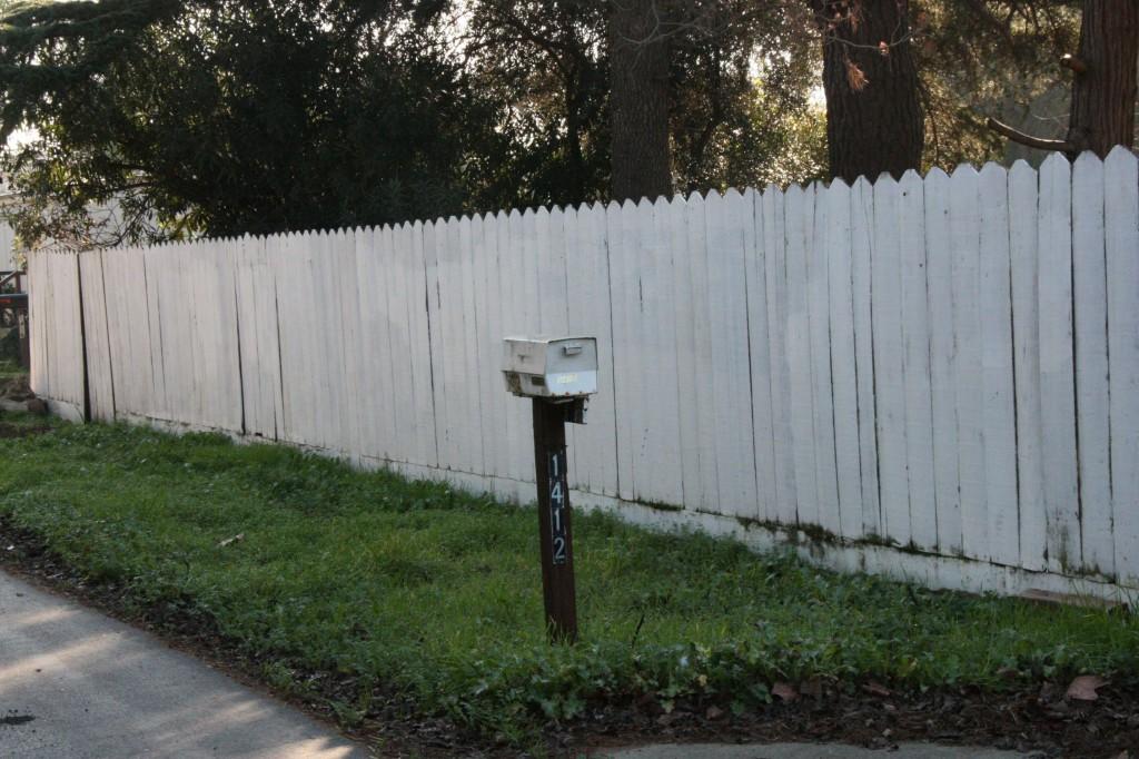 Shot of mailbox at 1412 from Morris Way