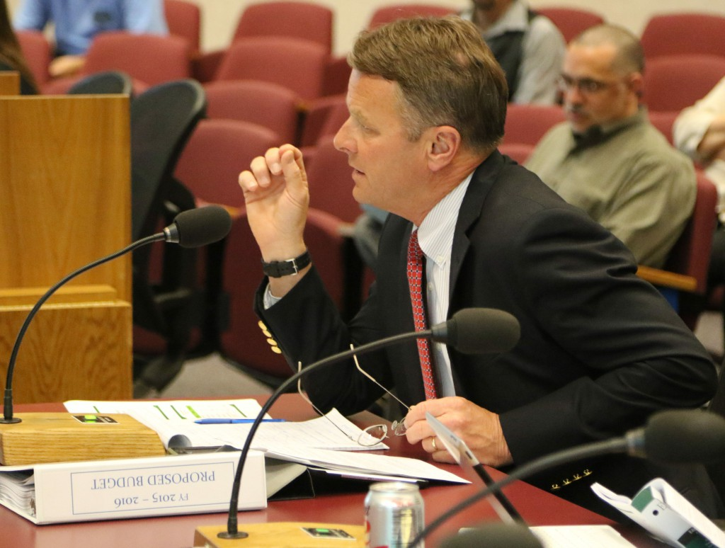 Council Talks About Taxes and Reserve in Opening Budget Discussion