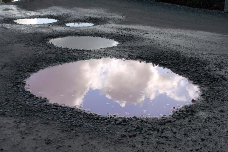 Pothole-Sky