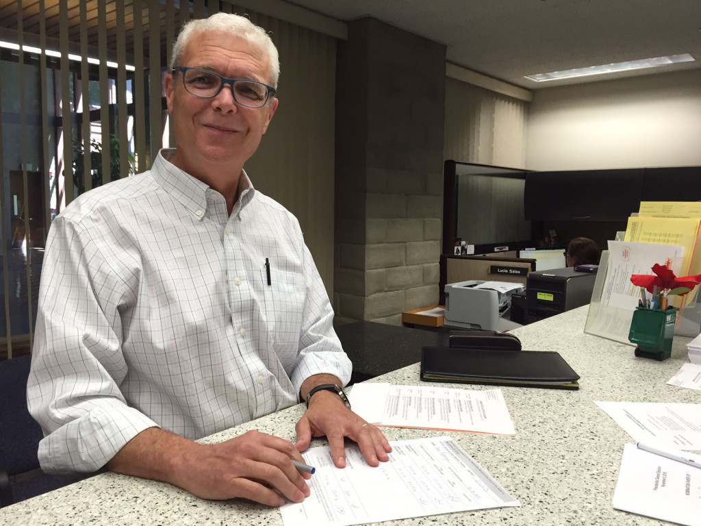 Bob Poppenga files for School Board at the Yolo County Elections Office/ courtesy photo