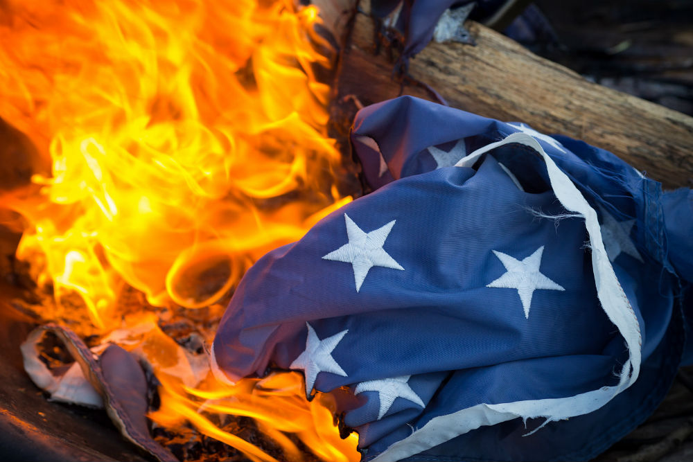 american flag essay paper Review essay of stanley hauerwas's book war and the american  david  ingle's book blood sacrifice and the nation: totem rituals and the american  flag.