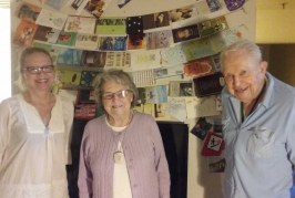 Strangers Flood Local 93-Year-Old with Greetings, Birthday Cards