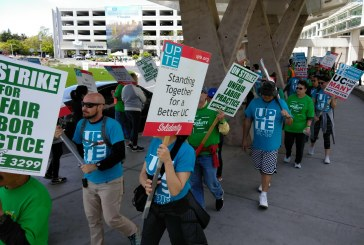 UC Accused of 'Intimidation' and 'Violence' – Hundreds Picket at UCD Med Center and Davis Campus