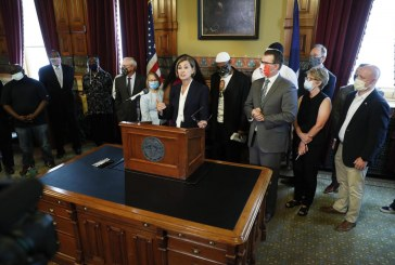 Iowa Governor Restores Right to Vote for Those Convicted of Felonies